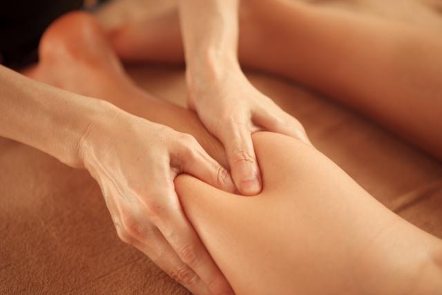 セルライトを解消にはエステや美容外科でケアを受けることが最善策