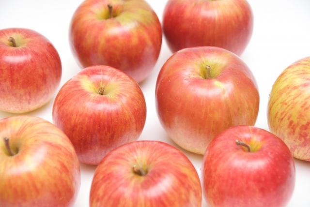 かつてリンゴやバナナ「だけ」を食べるダイエット法もありましたね・・・